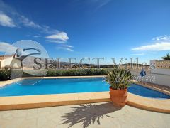 Villa for sale with pool in Costa Blanca Norte