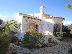Villa with Pool for sale in Benitachell