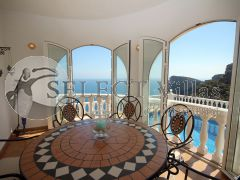 Resale villa for sale in Benitachell