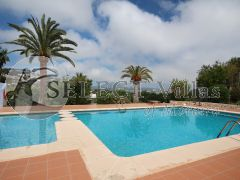 Villa for sale in Moraira with pool and tennis court