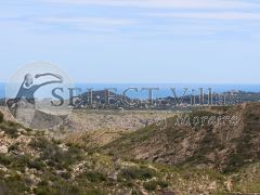Buy villa with sea views in Benitachell