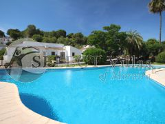 Bungalow with pool for sale in Moraira