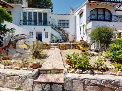Linked Villa for sale in Moraira